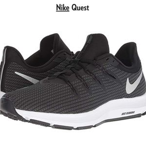Nike Quest Black Sneakers Size 10.5